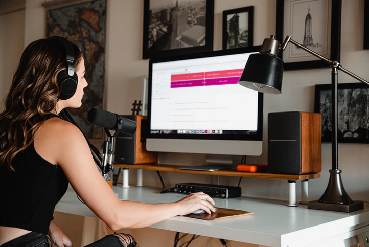 Guide to video podcast equipment and software